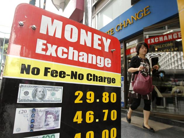 British Expats Feeling the Pinch as Pound Tumbles to 31-Year Low