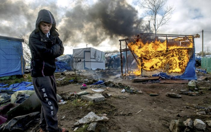 France Authorities Destroy Mirgrant Camp, Moving More than 6,000 Migrants