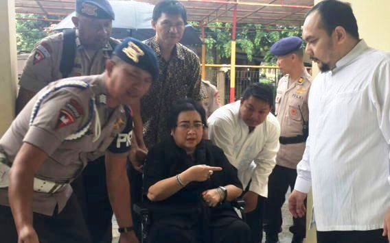 Police arrest Rachmawati Sukarnoputri, the daughter of Indonesia's founding president and the younger sister of former president Megawati Sukarnoputri