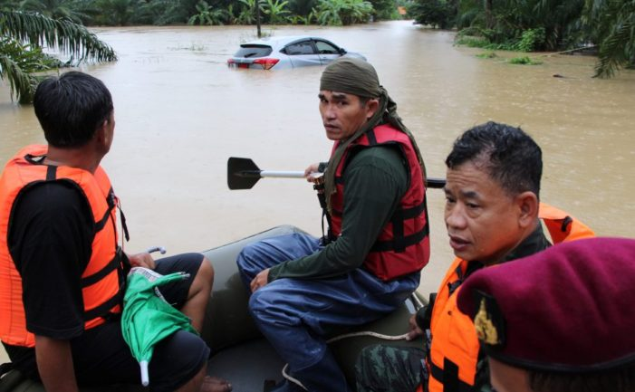 Severe Weather and Heavy Flooding in Southern Thailand Kills 14