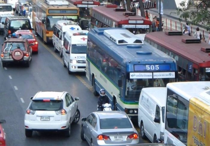 """Bangkok Woman Dies Waiting for Ambulance Held Up in """"Minor Accident"""" by Driver Worried about his Insurance Premiums"""