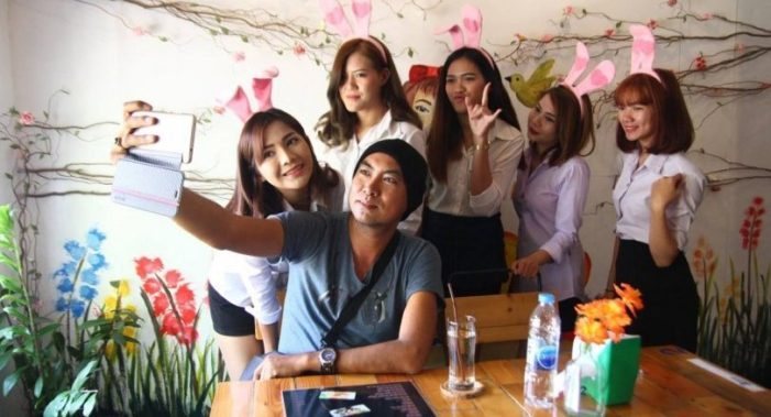Bunny Girl Coffee Shop in Chiang Mai has Patrons Asking for More..