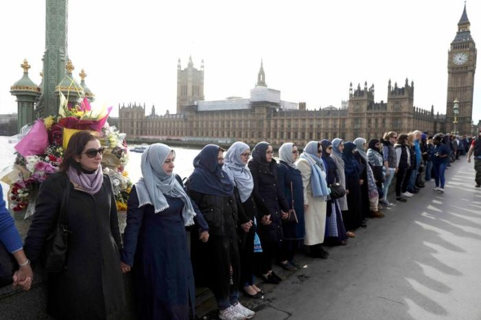 Muslim Link Hands in Tribute to London Terror Attack