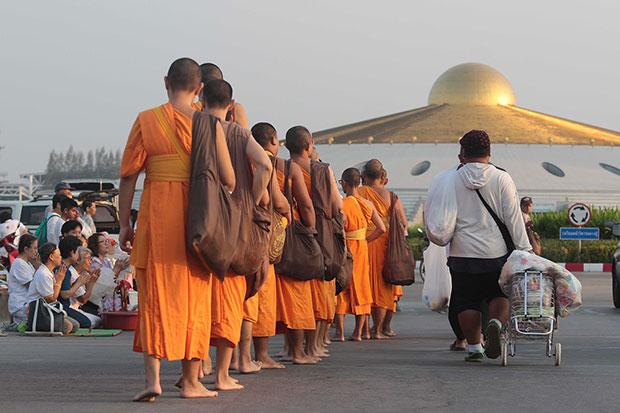 Thai Authorites Come Up Empty Handed Ending 23 Day Siege on Wat Dhammakaya Temple