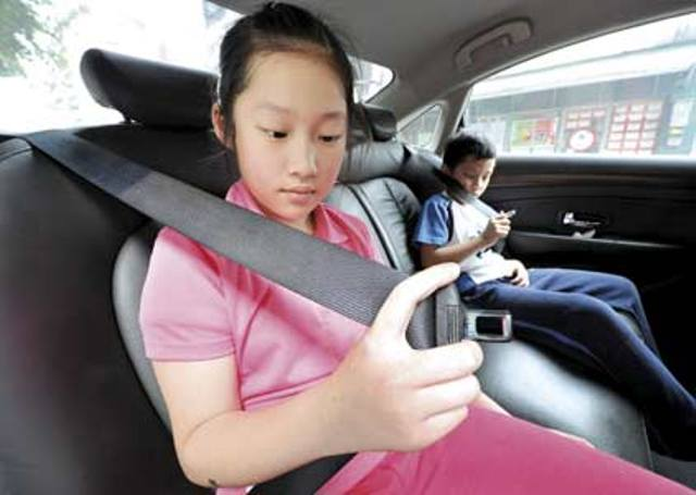 Thailand's Prime Minister Orders Seat-Blets Manditor for Drivers and all Passengers