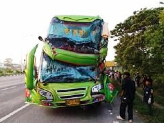 Thai Bus Driver on Methamphetamine Slams into the Back of Truck, Injuring 10 Passengers