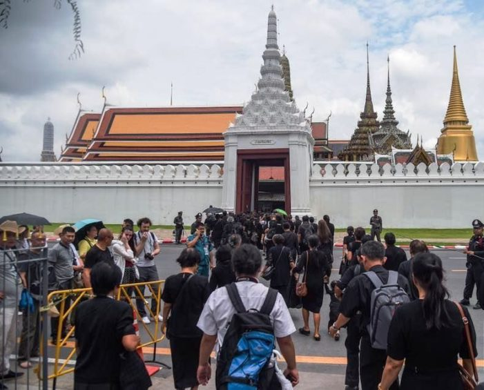 Foreign Tourists Advised to Avoid Bangkok During Royal Cremation