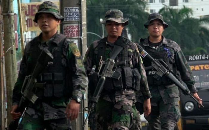 Duterte Declares Martial Law in Southern Philippines after Islamist Militants go on Rampage, Beheading Local Police Chief and Taking Priest Hostage