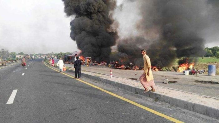 Oil Tanker Truck Explodes in Pakistan Killung at Least 148