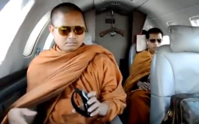 "US court Orders Fugitive ""Jet Setting Monk"" Back to Thailand"