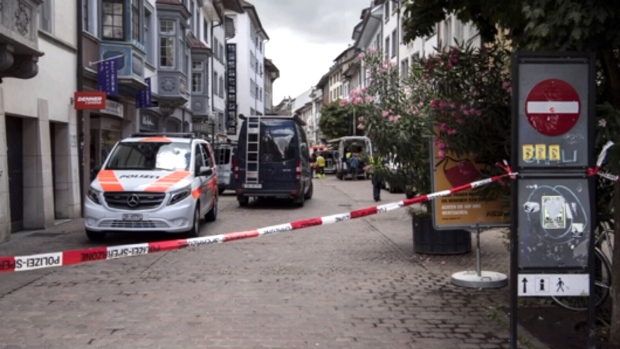 Swiss Authorities on a Manhunt After A Man Attacks Five People with a Chainsaw