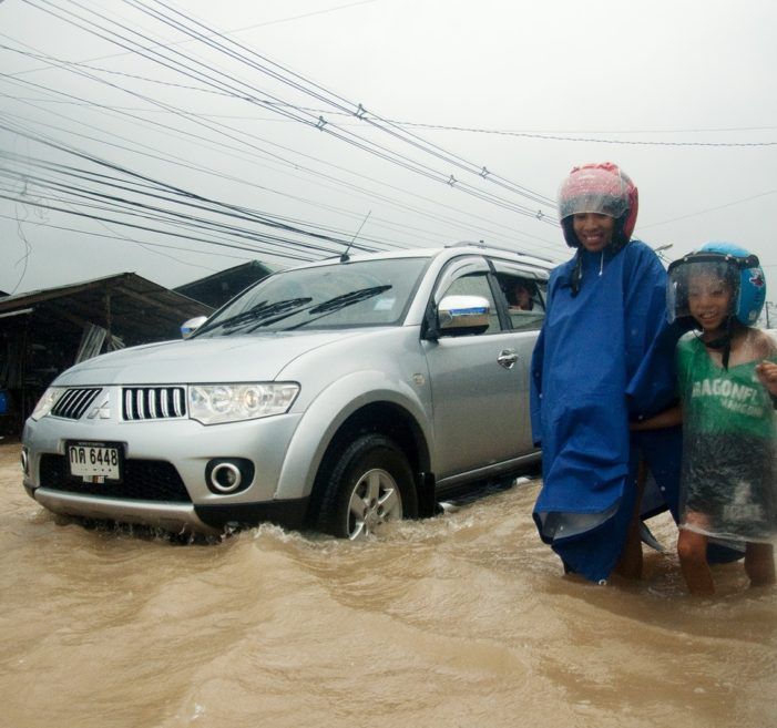 Mountain Run-off from Heavy Rains Flood Mae Sai Villages, More Flooding Expected as Tropical Storm Pakhar Approaches