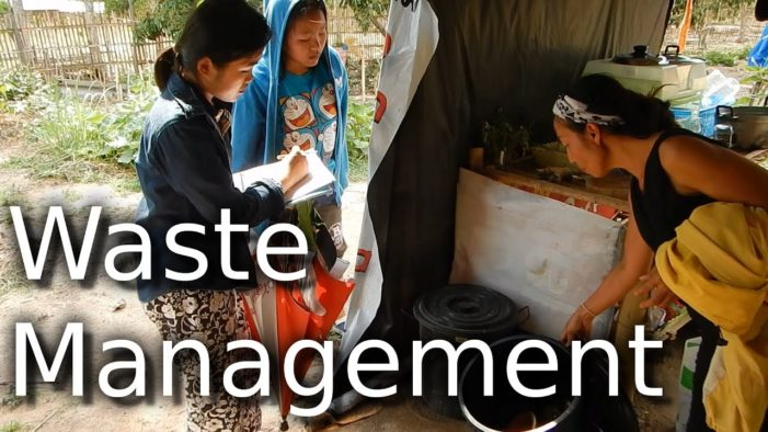 Chiang Rai Governor Awards Communities Effectively Managing Waste