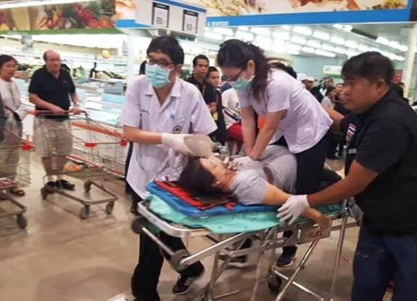 Thai Soldier Shoots and Kills his Wife and then Accidentally Kills Himself in Makro Store in North Eastern Thailand