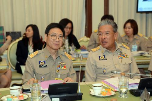 Director General of Thai Customs Orders Tax Collectors to Declare Assets to Finance Ministry