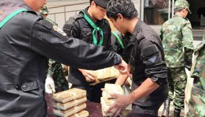 Chiang Rai's Pha Muang Task Force Seizes 100,000 Meth Pills after Firefight with Drug Runners