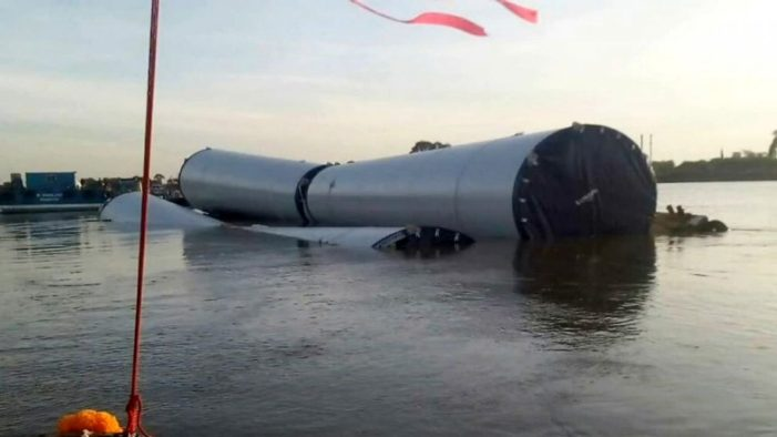 Barge Carrying Wind Turbines Worth Millions, Sinks in Chao Phraya River