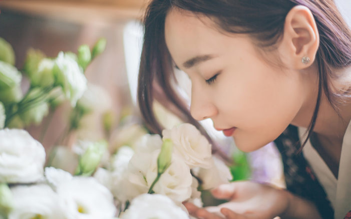 Science Confirms You Should Stop and Smell the Roses