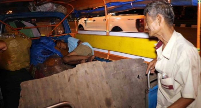 Father's Children's Day Plea to Help 10 Year-Old Boy Who Lives in a Tuk-Tuk in Southern Thailand
