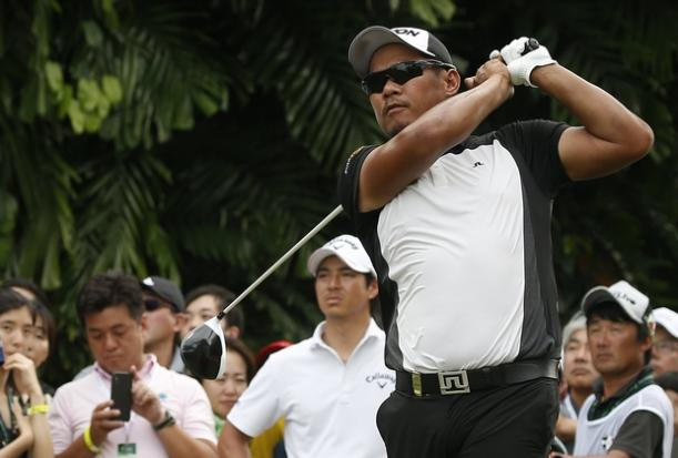 Singapore Open Suspended for Third Day Due to Lightening Strikes