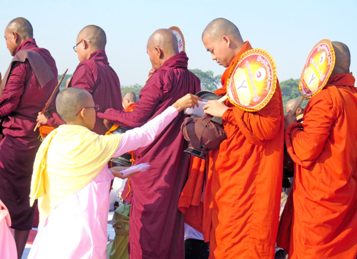 Myanmar Ceremony for 20,000 Monks Aims to Boost Thailand Ties