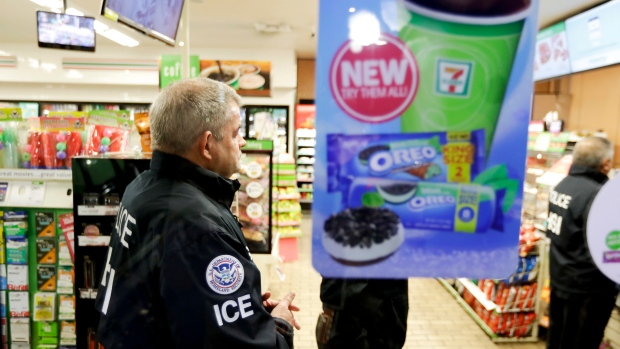 US Immigration (ICE) Agents Descend on 7-Eleven Stores in 17 States