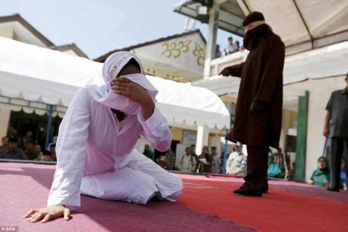 Islamic Hardliners in Indonesia Push to Outlaw Premarital Sex