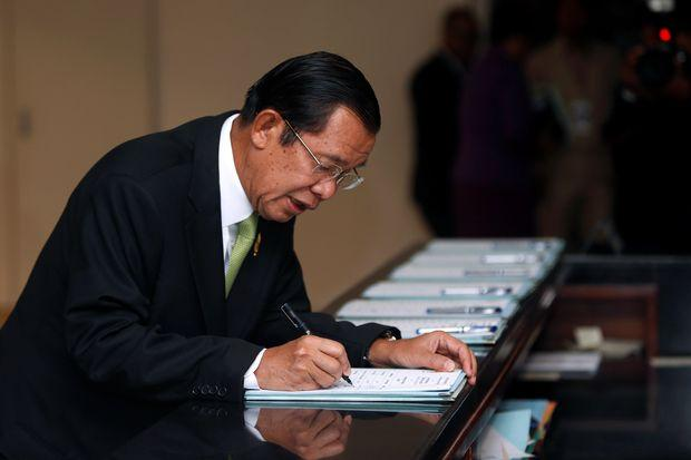Germany Suspends Visas for Cambodia's Government, Including  Prime Minister Hun Sen