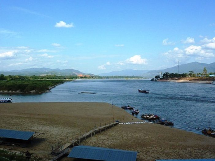 China's Stoppage of Water at Yunnan Dam Affecting Shipping on Mekong in Chiang Rai