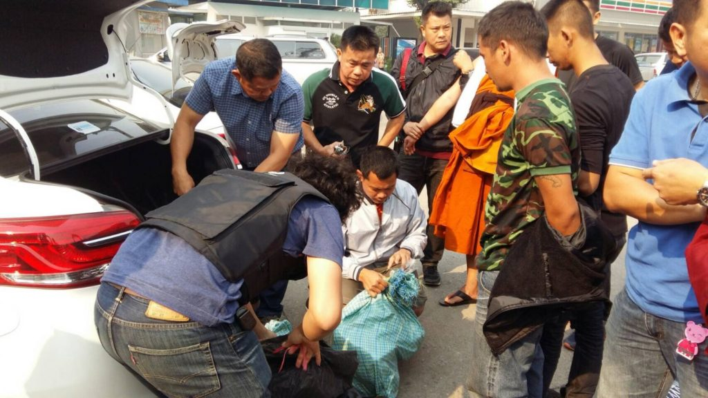 Two Monks Arrested and Disrobed For Trafficking Drugs from Chiang Rai, Province