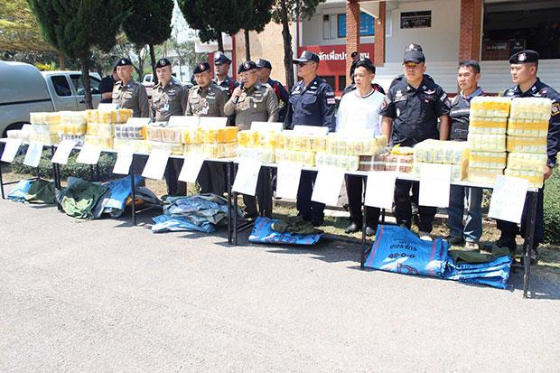 Two Drug Runners Arrested in Chiang Rai's Mae Laos District with 3 Million Meth Tablets