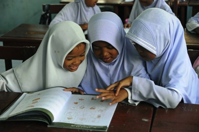 Tensions Ease in Southern Thailand After School Hijab Ban Lifted in Pattani Province