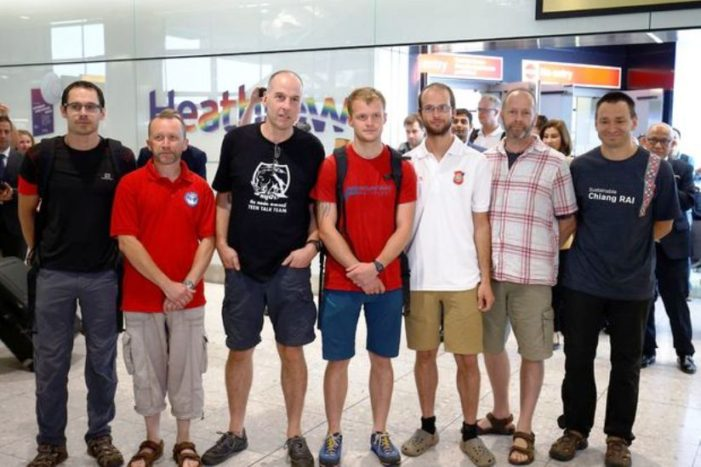 British Divers Say Were Not Heroes, Just Relieved, after Tham Luang Cave Rescue
