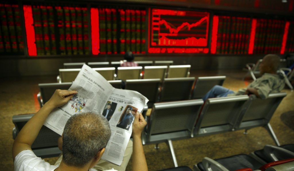 Foreigners Sell off Asian Bonds for Third Straight Month