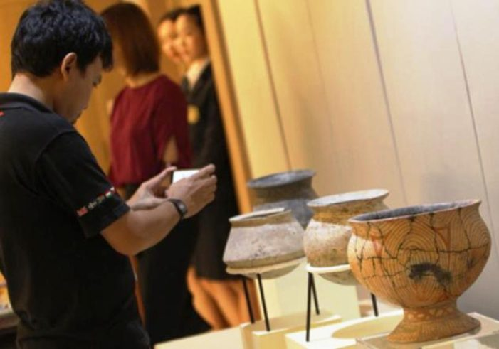 Private American Collector Returns 12 Ancient Artifacts to Thailand