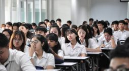 Future Teachers in Thailand Allowed to Graduate with Poor English Skills