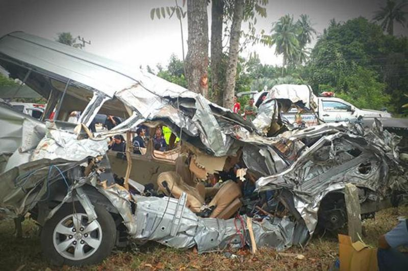 VIDEO: Six Dead, 5 Severely Injured in Passenger Van Crash in Southern Thailand