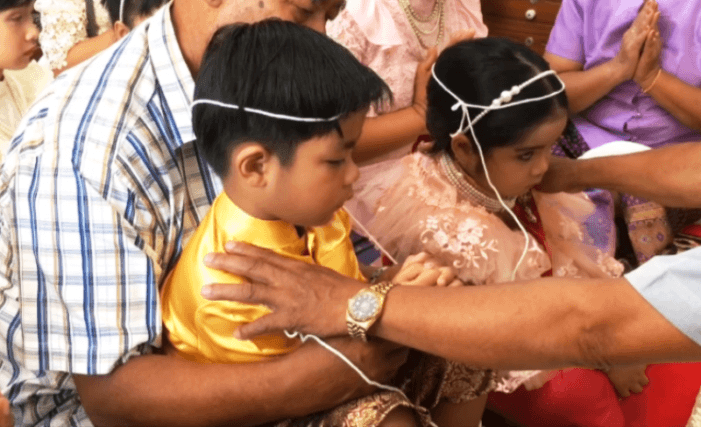 Four Year-Old Twins Married in Thais Buddhists Wedding to Ward Off Bad Karma