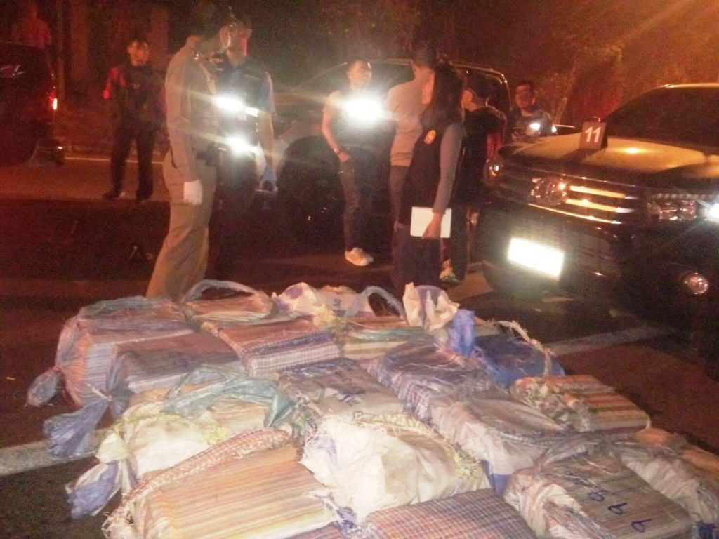 Chiang Rai Narcotics Suppression Police Kill Drug Runner in Shootout, Eight Million Meth Pills Seized