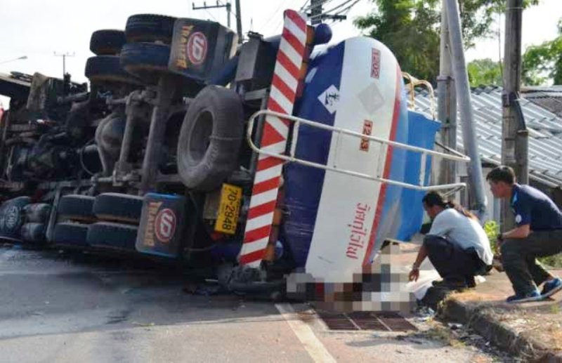 VIDEO – Italian Couple Crushed to Death by Fuel Tanker in Southern Thailand