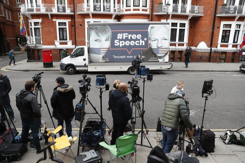"British Foreign Secretary Julian Assange is a ""Free Man"
