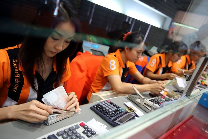Thai Baht Heads for Top Spot in Global Emerging Markets