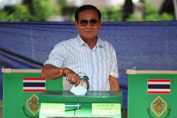 Dusit Poll Reveals Majority of the Public Disagrees with Election Commissions Party-List MP Formula