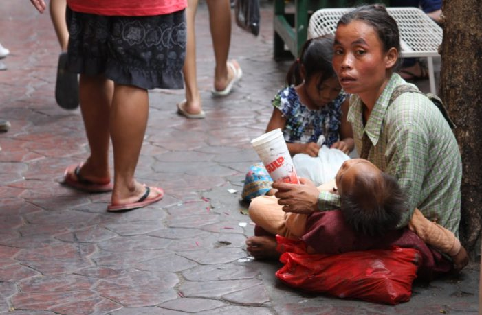Beggars in Thailand Now Face Jail Time and Fines Up to Bt 10,000