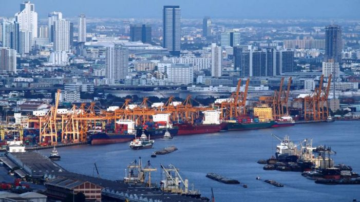 Thailand's Exports Slump, Economy Slows as Country in Political Gridlock