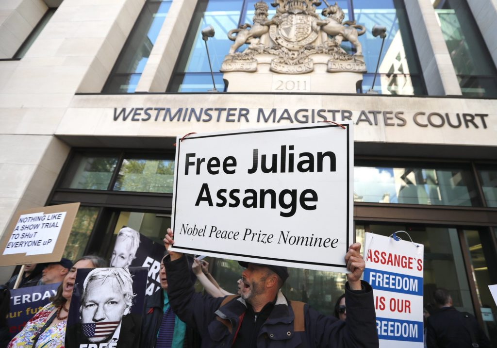 Defiant Wikileaks Founder, Julian Assange Fights Extradition to United States