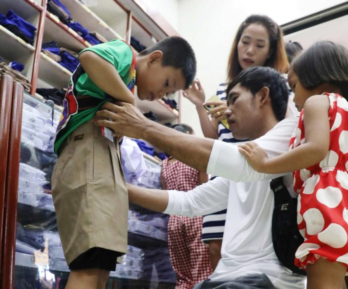 Politician Says Thailand Education Ministry Should Scrap Mandatory Uniform Policy to Relieve the Financial Burden on Parents
