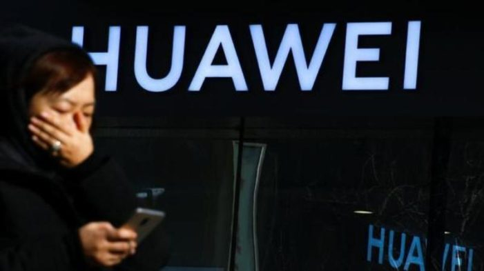 Mobile Carriers Worldwide Drop Huawei Phones From Lineup