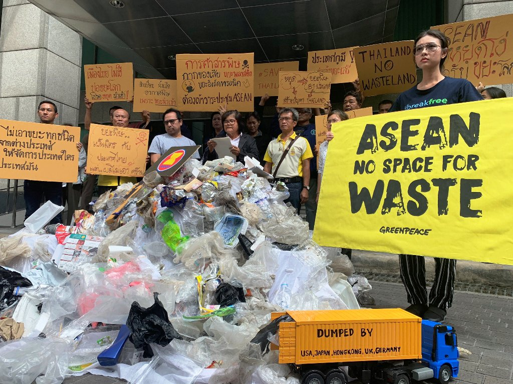 Greenpeace Pushes ASEAN Countries to End Plastic Waste Trade