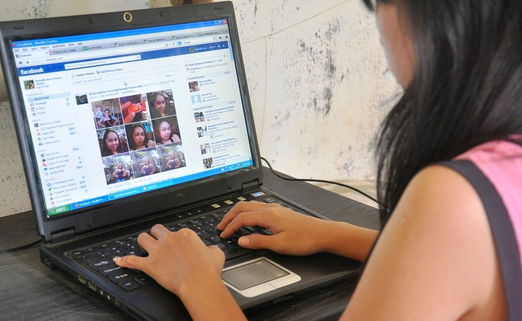 Australian Court Rules Media Companies Liable for Facebook Comments